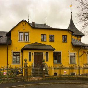 Die Villa Ferdinandshoehe. Hier befindet sich die Praxis fuer seelische Gesundheit.